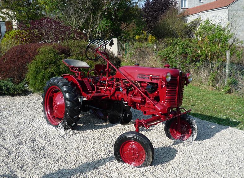 Tracteur mc cormick ancien tracteur agricole - Tracteur ancien miniature ...